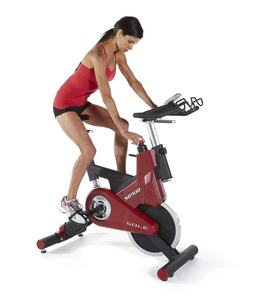Sole SB900 Exercise Indoor Cycle Review
